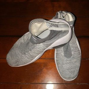 NIKE Flight Bonafide Platinum Sneakers